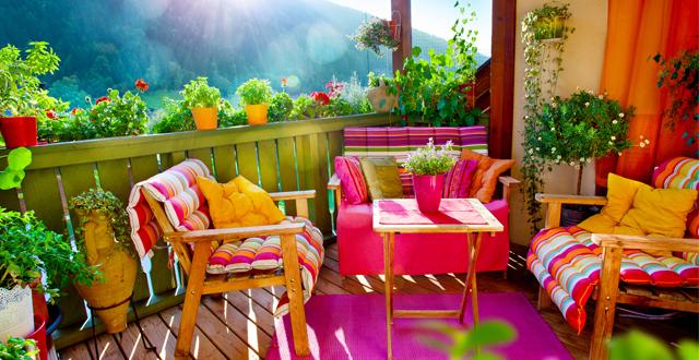 Salotto per esterno in legno