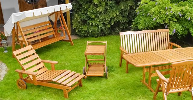 Mobili per giardino in legno