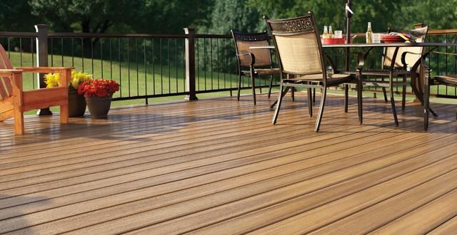 Pavimenti per esterni in wpc eleganti come il legno e pratici