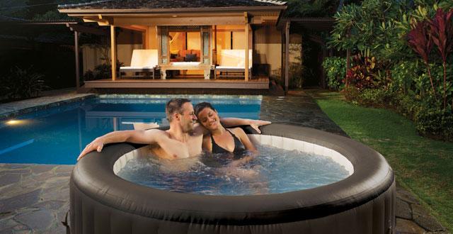 piscina gonfiabile idromassaggio