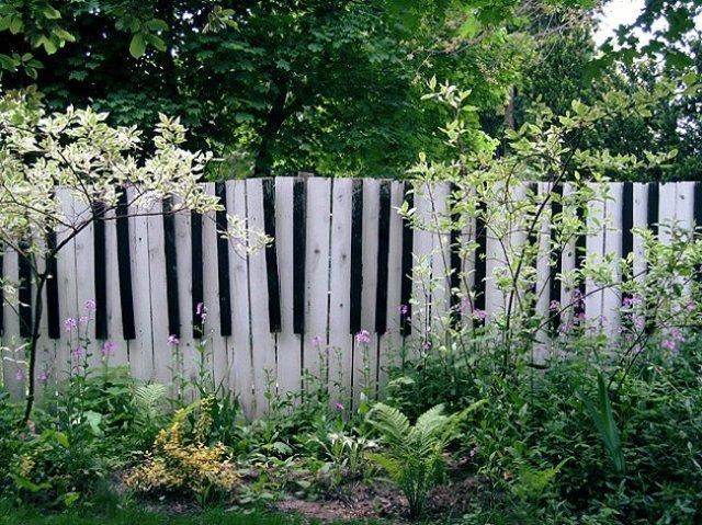 dipingere recinzioni per giardino
