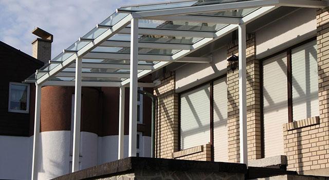 Costruire tettoie verande pensiline pergolati e tende for Come costruire un aggiunta coperta