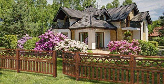 Recinzioni Per Giardino Casa.6 Idee Per Recinzioni Da Giardino Meravigliose Foto Arreda Il