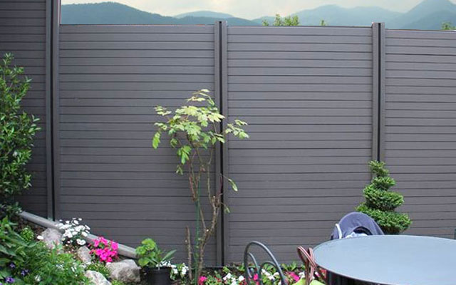 foto: recinzioni da giardino in WPC