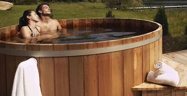 5 trattamenti di benessere da provare nelle tinozze in legno - Aspiratore bagno senza uscita esterna ...