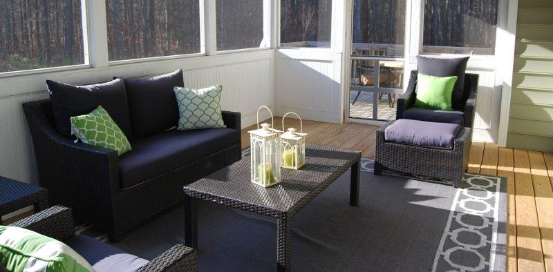 poltrone e divani per arredare una veranda
