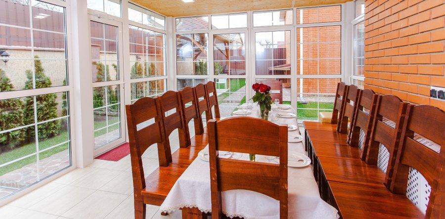 sala da pranzo in veranda