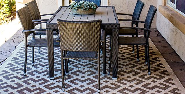 tavoli-per-giardino-in-resina-e-plastica