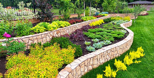 Aiuole da giardino fasi per progettare e colorare la tua area verde