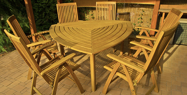 tavoli-per-giardino-in-legno-teak