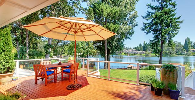 ombrellone-progettare-una-terrazza