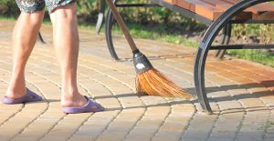 pulire-pavimenti-esterni