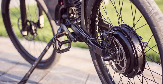bicicletta-elettrica-dettagli